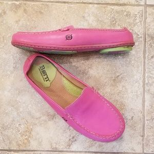 Born Great Condition Pink Leather Loafers!!